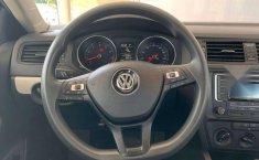 Auto Volkswagen Jetta Trendline 2017 de único dueño en buen estado-11