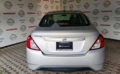 Se pone en venta Nissan Versa 2017-9