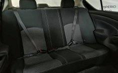 Se pone en venta Nissan Versa 2017-1