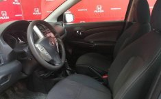 Nissan Versa 2016 1.6 Advance At-8