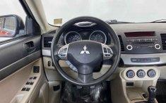 Auto Mitsubishi Lancer 2010 de único dueño en buen estado-20