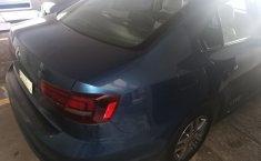 Venta de autos Volkswagen Jetta 2016, Sedán usados a precios bajos-1