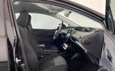 Pongo a la venta cuanto antes posible un Toyota Prius en excelente condicción-2