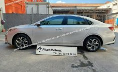 Se pone en venta Kia Forte 2019-10