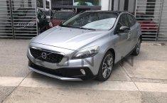 Se pone en venta Volvo V40 2016-12
