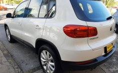 Auto Volkswagen Tiguan 2013 de único dueño en buen estado-18