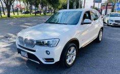 Auto BMW X3 2015 de único dueño en buen estado-12
