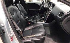 Se pone en venta Volvo V40 2016-11
