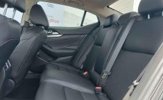 Auto Nissan Maxima 2020 de único dueño en buen estado-12