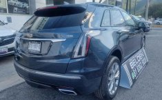 Auto Cadillac XT5 2020 de único dueño en buen estado-8