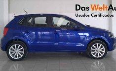 Auto Volkswagen Polo 2020 de único dueño en buen estado-9