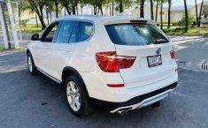 Auto BMW X3 2015 de único dueño en buen estado-9