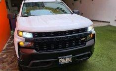 Chevrolet Silverado 1500 2020 en buena condicción-6