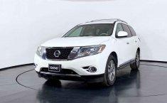 Nissan Pathfinder 2014 en buena condicción-21