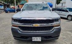 Venta de Chevrolet Silverado 2500 2017 usado Automática a un precio de 390000 en Iztacalco-8