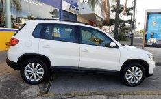 Auto Volkswagen Tiguan 2013 de único dueño en buen estado-11