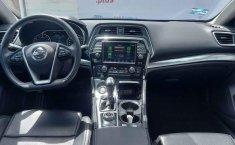 Auto Nissan Maxima 2020 de único dueño en buen estado-8
