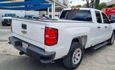 Venta de Chevrolet Silverado 2500 2017 usado Automática a un precio de 390000 en Iztacalco-7
