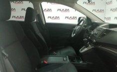 Auto Honda CR-V 2016 de único dueño en buen estado-5