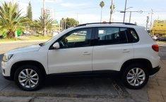 Auto Volkswagen Tiguan 2013 de único dueño en buen estado-10
