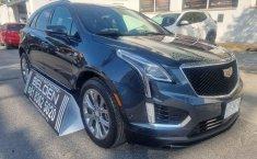Auto Cadillac XT5 2020 de único dueño en buen estado-6