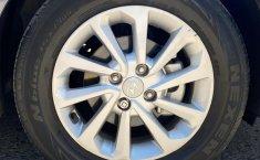 Auto Hyundai Accent 2020 de único dueño en buen estado-3