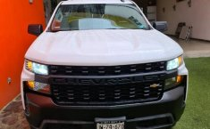 Venta de Chevrolet Silverado 1500 2020 usado Automática a un precio de 729000 en Zapopan-5
