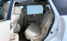 Nissan Pathfinder 2014 en buena condicción-16