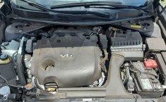 Auto Nissan Maxima 2020 de único dueño en buen estado-4