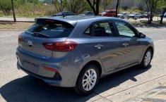 Auto Hyundai Accent 2020 de único dueño en buen estado-2