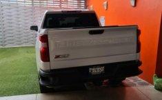 Chevrolet Silverado 1500 2020 en buena condicción-1