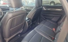 Auto Cadillac XT5 2020 de único dueño en buen estado-4