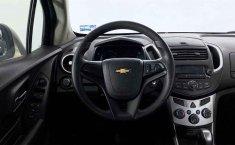 Auto Chevrolet Trax 2015 de único dueño en buen estado-5