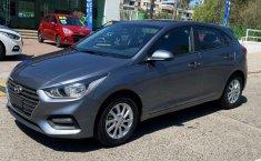 Auto Hyundai Accent 2020 de único dueño en buen estado-1