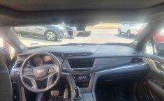 Auto Cadillac XT5 2020 de único dueño en buen estado-2