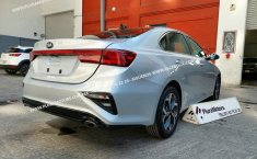 Se pone en venta Kia Forte 2019-1