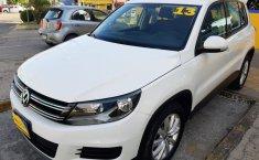 Auto Volkswagen Tiguan 2013 de único dueño en buen estado-6