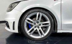 Audi A1 2013 en buena condicción-3