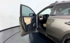 Toyota RAV4 2014 en buena condicción-5