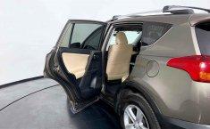 Toyota RAV4 2014 en buena condicción-4
