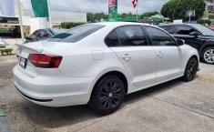Se pone en venta Volkswagen Jetta 2016-1
