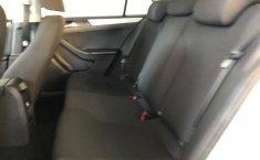 Venta de Volkswagen Jetta 2015 usado Manual a un precio de 215000 en Álvaro Obregón-3