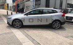 Se pone en venta Volvo V40 2016-1