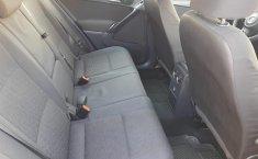 Auto Volkswagen Tiguan 2013 de único dueño en buen estado-5