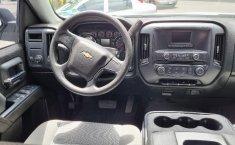 Venta de Chevrolet Silverado 2500 2017 usado Automática a un precio de 390000 en Iztacalco-0