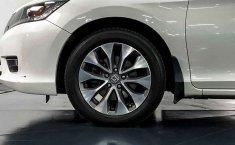 Auto Honda Accord 2015 de único dueño en buen estado-26