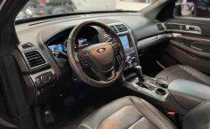 Se pone en venta Ford Explorer 2017-15