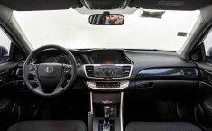 Auto Honda Accord 2015 de único dueño en buen estado-25