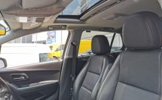 Auto Chevrolet Trax 2019 de único dueño en buen estado-13