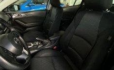 Se pone en venta Mazda 3 2015-14